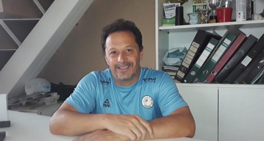 Rodrigo Martínez Granados: 'Siempre pensamos en ofrecer lo mejor del voley para poder seguir cumpliendo los objetivos que nos ponemos año a año'