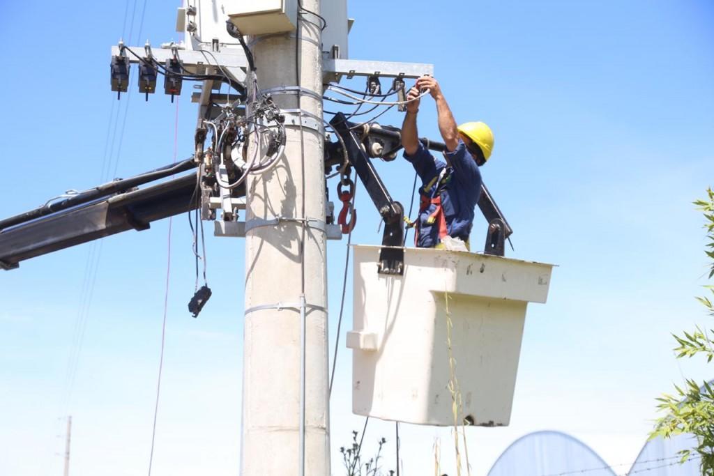 La empresa responsable de las unidades de generación eléctrica móvil (UGEM) instaló en la subestación EDEN-Bolívar un nuevo grupo electrógeno de 1200 kVA