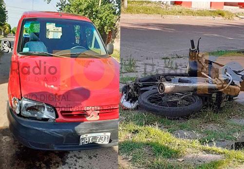 Dorrego y Urquiza: Fuerte impacto entre una moto y una camioneta